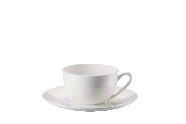 Cappuccinokop en -schotel